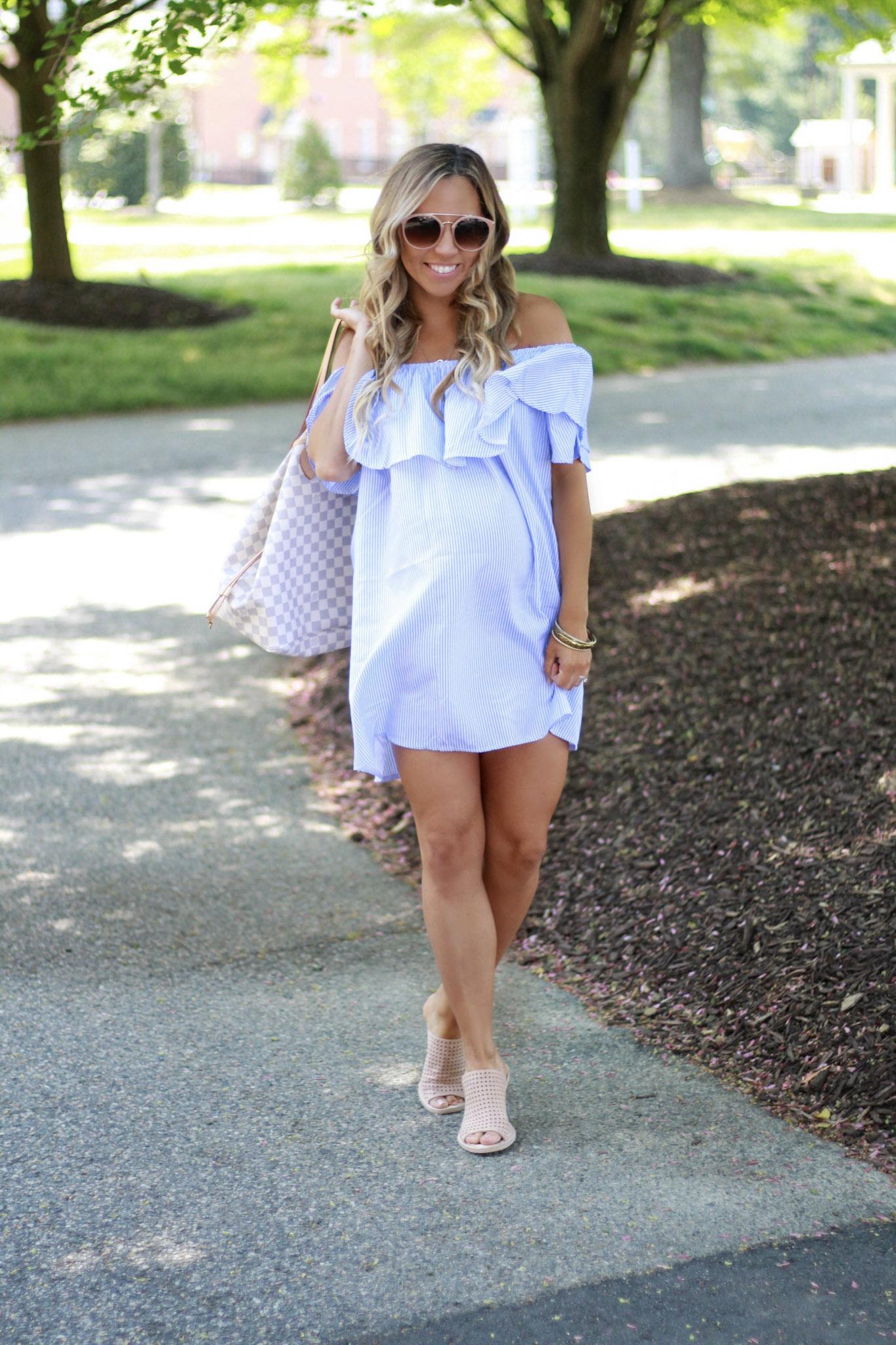 Maternity Style, Blue Ruffle Dress
