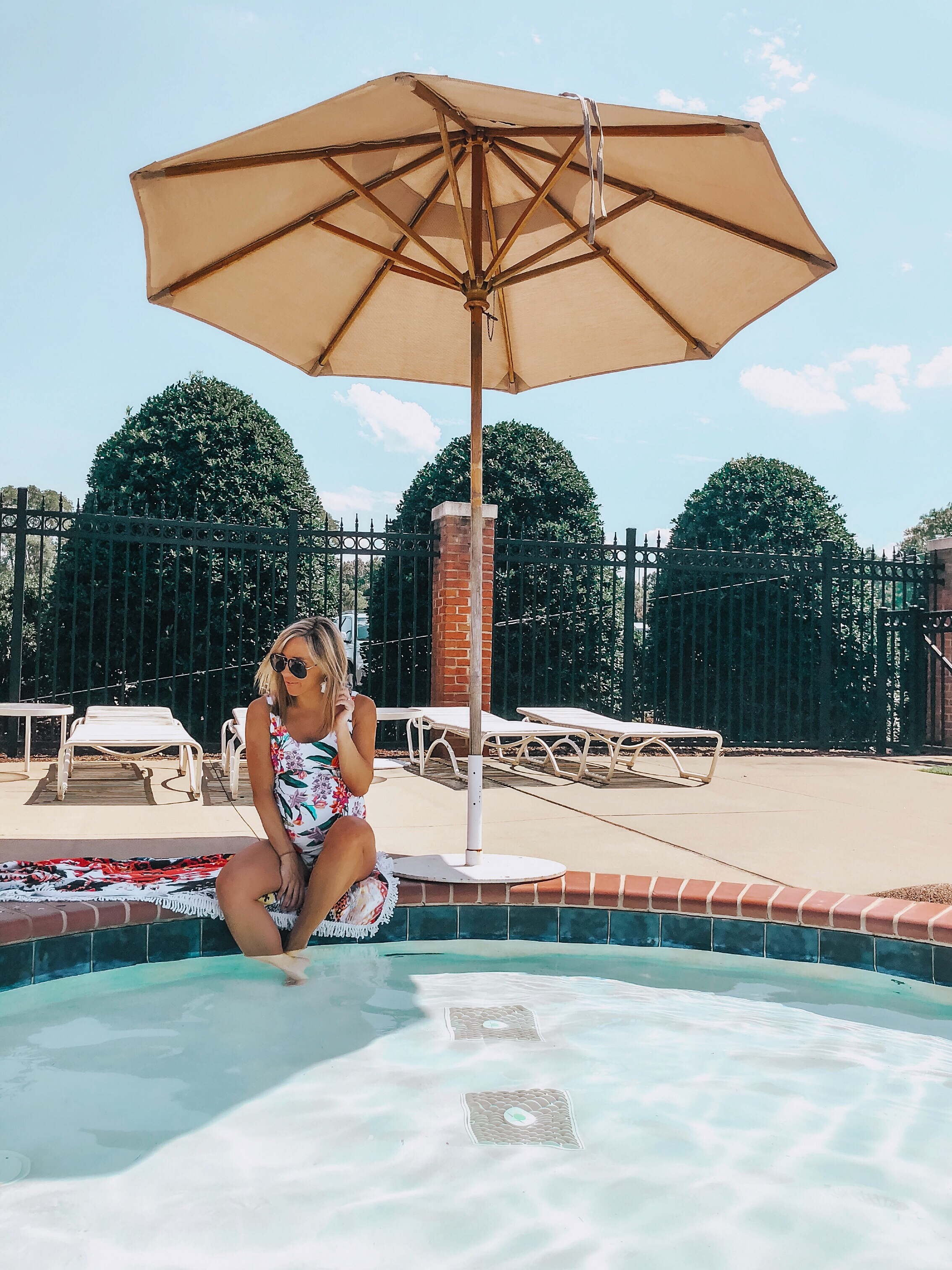 8027997bd3f5f It's only taken 2 and 3/4 pregnancies before actually finding CUTE  maternity swimsuits! This is the first time I've been really pregnant in  the summer, ...